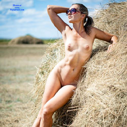 Harvesting Naked In Farm - Brunette Hair, Full Nude, Naked Outdoors, Nipples, Nude In Nature, Shaved Pussy, Naked Wife, Sexy Body, Sexy Face, Sexy Girl, Sexy Legs, Sexy Wife, Wife Pussy, Wife/Wives