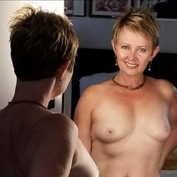 Random Wife Pics - Topless Wives, Big Tits, Mature, Amateur