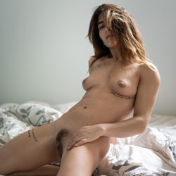 Pretty Morning - Nude Girls, Brunette, Bush Or Hairy, Amateur, Firm Ass