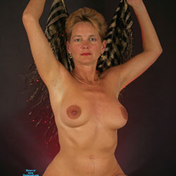 Studio And Nude Shots - Nude Wives, Big Tits, Bush Or Hairy, Amateur