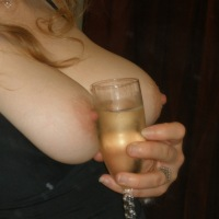 My medium tits - Lonely Southern Belle