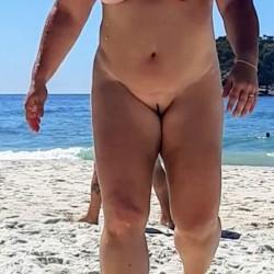 Large tits of my wife - Leka40