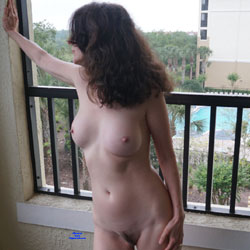 Fun Florida Vacation - Nude Wives, Big Tits, Brunette, Outdoors, Bush Or Hairy, Amateur, Lingerie