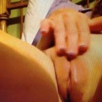My girlfriend's ass - Robyn