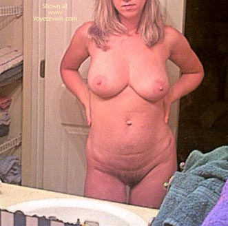 Pic #1 - Hot Heather Gets Ready 2