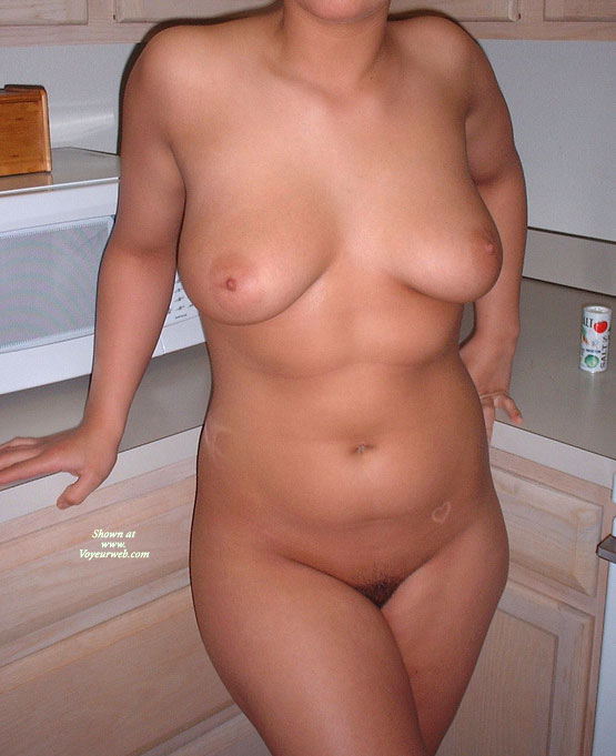 Pic #1 - 22 Yr Old Gf , My Girl Likes To Show