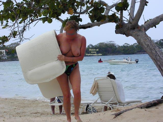Pic #3 - Hornypie In Jamaica