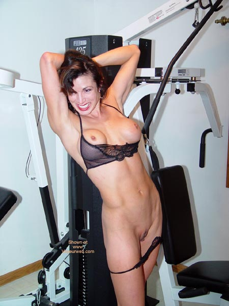 Pic #3 - Lana Works Out
