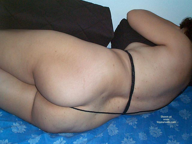 Pic #4 - Mary Tries A Little Bondage