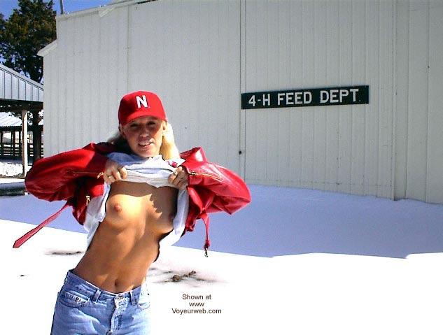 Pic #2 - PowermuffGirl Goes to South Dakota