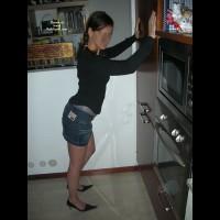 Her New Mini-skirt! La Sua Nuova Mini-gonna