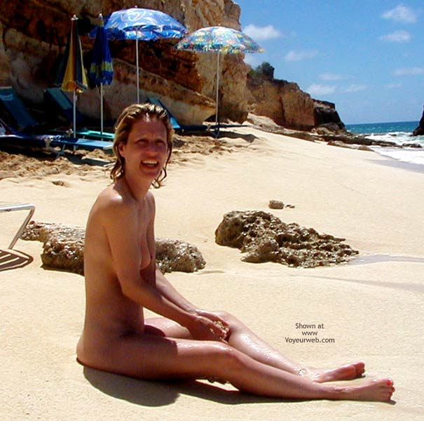 Pic #7 - Lifes a Beach!