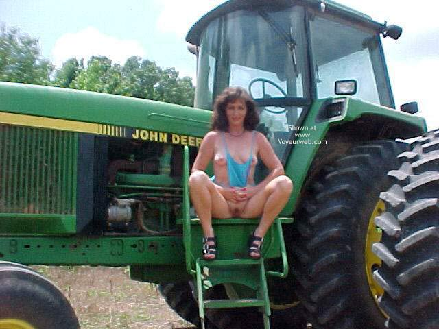 Pic #3 - Dixie at Tractor Day
