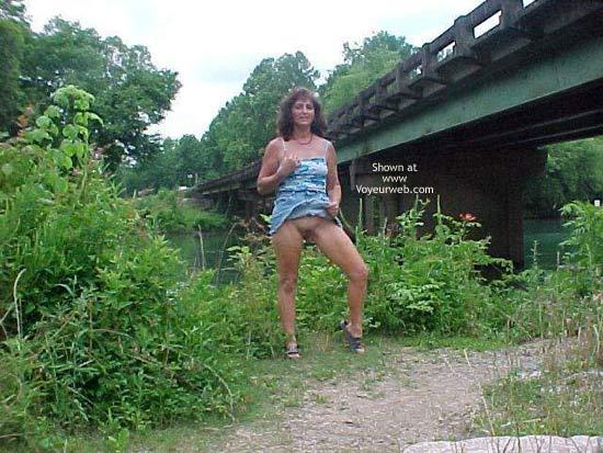Pic #2 - Dixie Flashing at Bridge