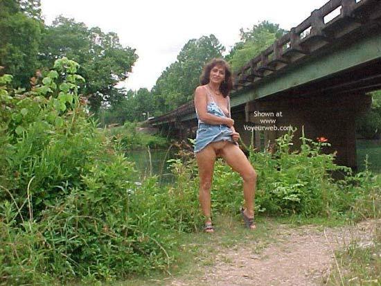 Pic #4 - Dixie Flashing at Bridge