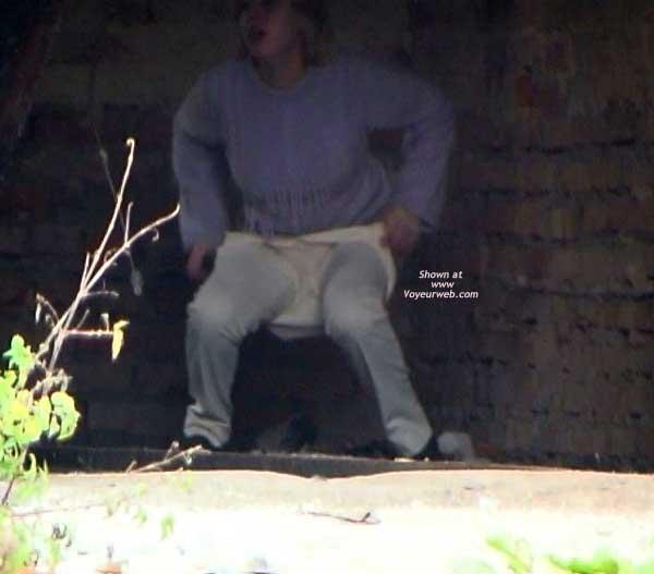 Pic #5 - Hidden Pee