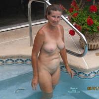 Vicki In The Pool