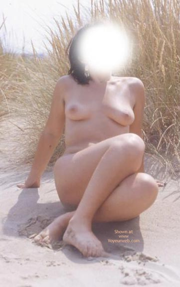 Pic #8 - Anna at Tha Beach 2