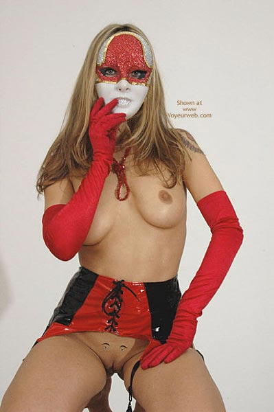 Pic #7 - Venetian Mask Striving For Super Sexy Award