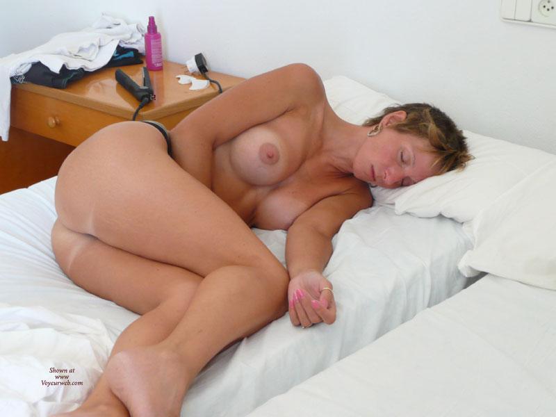 eroticheskiy-filmi-spyashie