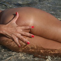 Sexy Milf Tit And Ass Shot - Milf, Round Ass