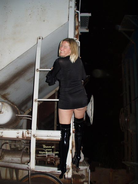 Pic #4 - *Tw Whore Boots, Train And Video Store