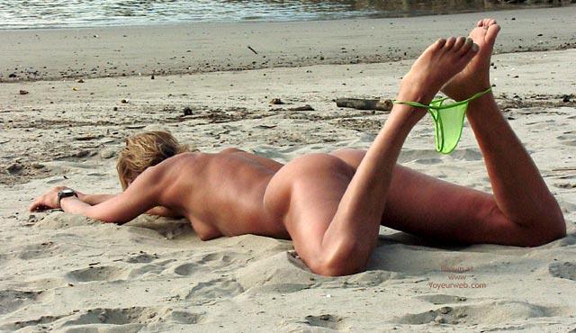 Pic #5 - Beachgirl