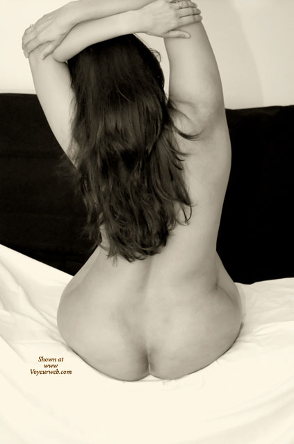 Pic #1 - FINE ASS ON A BED - Long Hair, Naked Girl, Nude Amateur , Sitting On Bed, Back Of Nude, Black And White, Bare Ass And Back, Bare Back, Back To Camera, Pear Shape Ass, Beautiful Hair Cascading Down Her Back