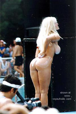 Pic #2 - Miss Nude Contest