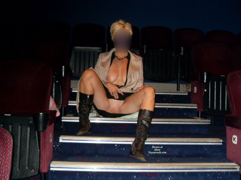 Pic #5 Day In The Cinema