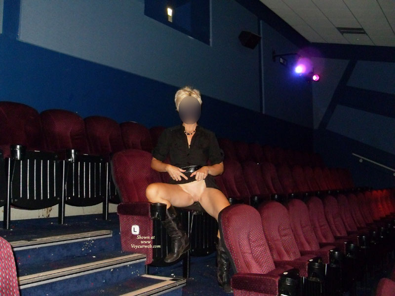 Pic #6 Day In The Cinema