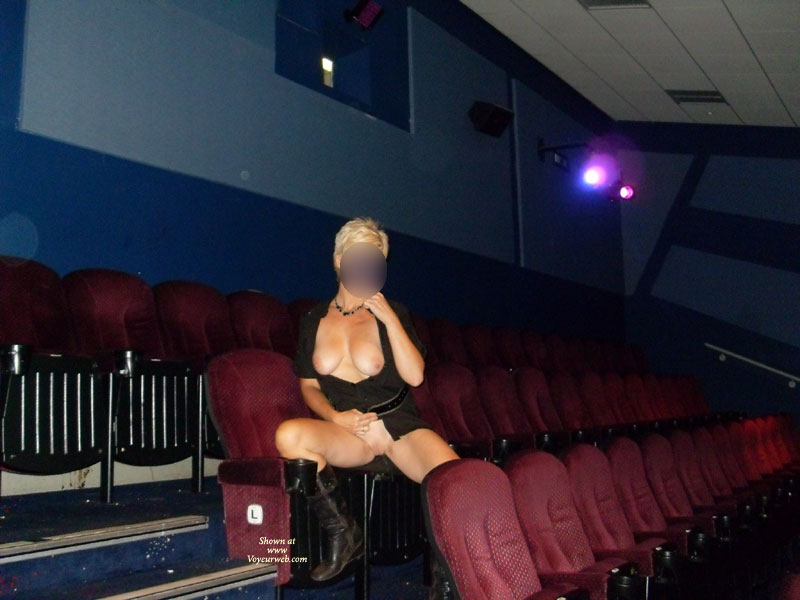 Pic #7 Day In The Cinema