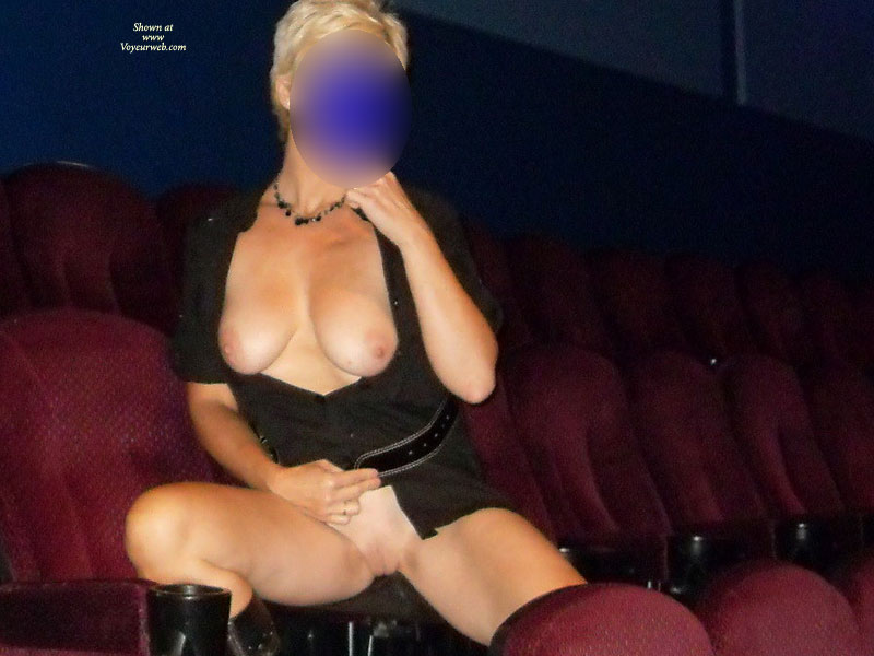 Pic #8 Day In The Cinema