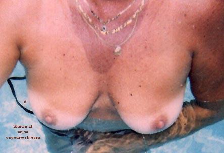 Pic #5 - Teri At Pool