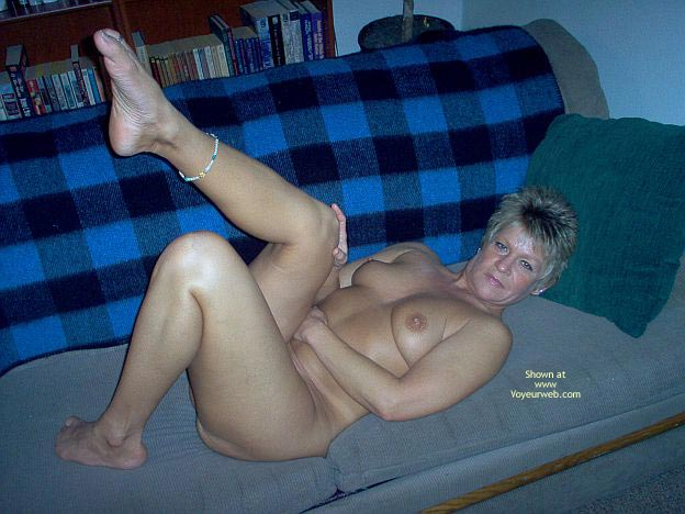 Pic #1 - Angelique Naked On The Couch