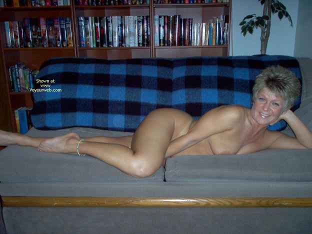Pic #7 - Angelique Naked On The Couch