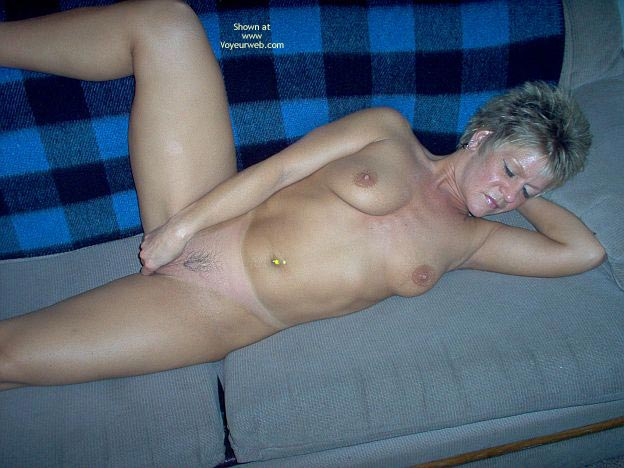 Pic #9 - Angelique Naked On The Couch