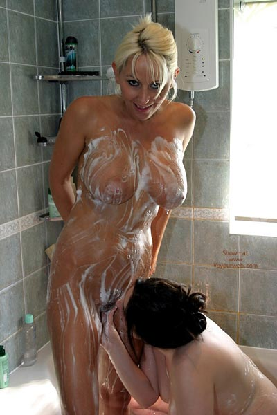 Pic #4 - *Gg Jan And Maria  Shower