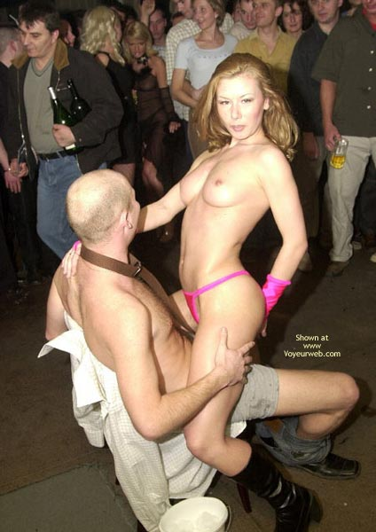 Pic #5 - Stripper Eith Perfect Tits