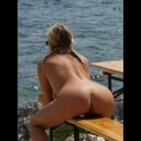 Sexy Toned Back - Round Ass, Sunglasses, Naked Girl, Nude Amateur, Sexy Ass